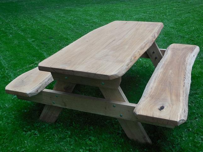 eiken boomstam picknicktafel