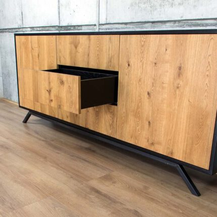 Eiken Dressoir retro & modern | Estelle