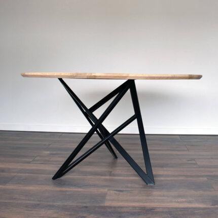 Uniek en industrieel geometrisch tafelonderstel van staal